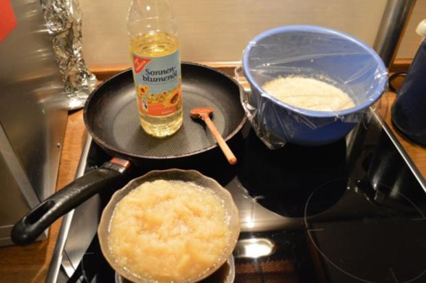 """Kartoffelpuffer / """"Reibekuchen"""" mit Apfelmus - Rezept - Bild Nr. 10"""