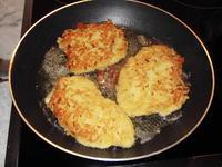 """Kartoffelpuffer / """"Reibekuchen"""" mit Apfelmus - Rezept - Bild Nr. 12"""
