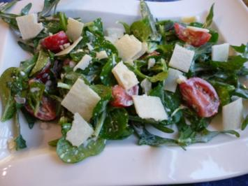 Frischer Salat-Mix aus dem Garten - Rezept
