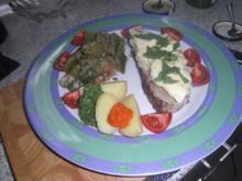 Kalte Roastbeefscheiben mit geschmolzenem bayrischem Weichkäse - Rezept
