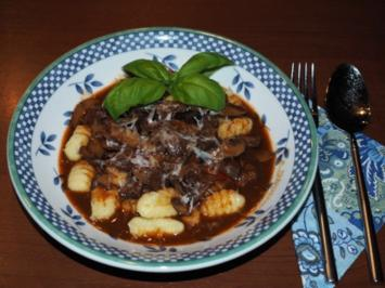 Rindfleischsauce mit Pilzen - Rezept
