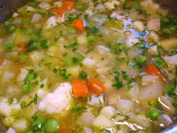 Gemüsesuppe mit Mark-Klößchen - Rezept - Bild Nr. 2