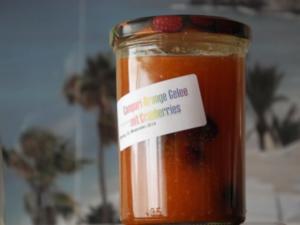 Campari-Orange-Gelee mit Cranberries - Rezept
