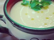 Kohlrabi-Cremesuppe mit Trüffelöl - Rezept