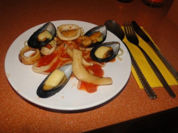 Spaghetti mit Miesmuschel und frischen Tintenfischringen und Garnelen, alles frisch, mit - Rezept - Bild Nr. 14