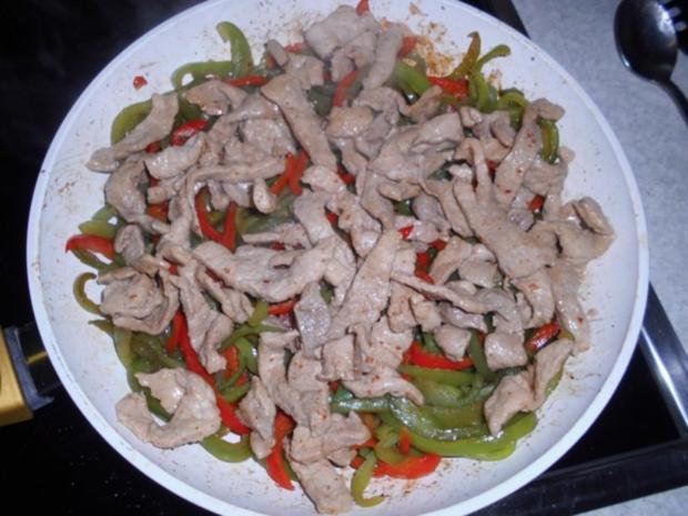 Schweineschnitzelstreifen mit Paprika in Soja-Sauce - Rezept - Bild Nr. 14