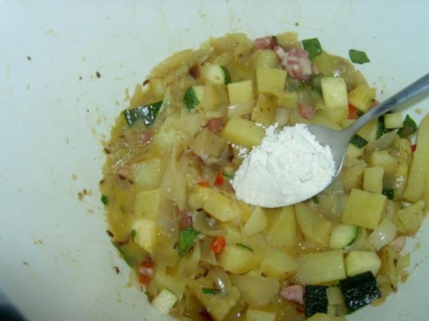 Kartoffelknödel mit Paprika und Schinken - Rezept - Bild Nr. 4