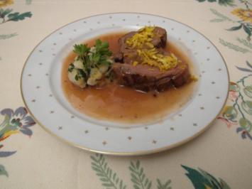 Gefüllte Entenbrust mit Apfel und Feige an Semmelknödel und Orangen- Rotweinjus - Rezept