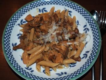 Hähnchen - Pfifferling Nudelsauce - Rezept