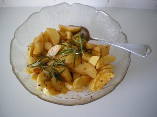 Kartoffel Ecken mit Rosmarin - Rezept - Bild Nr. 2