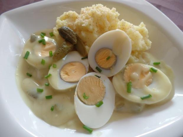 Eier in Gurken -Senf -Sauce - Rezept