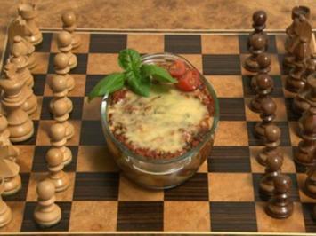 """Mandelcreme-Häubchen küsst Zucchini-""""Bolognese""""-Lasagne (Juliane Ziegler) - Rezept"""