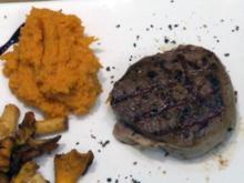 Rinderfilet mit Pfifferlingen und Süßkartoffeln mit Trüffel (Paul Janke) - Rezept