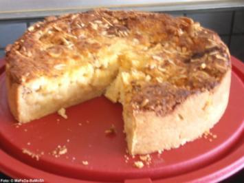 Apfelkuchen mit Sahneguss - Rezept