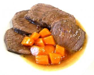 Schneller Sauerbraten mit Karotten-Lauch Soße - Rezept