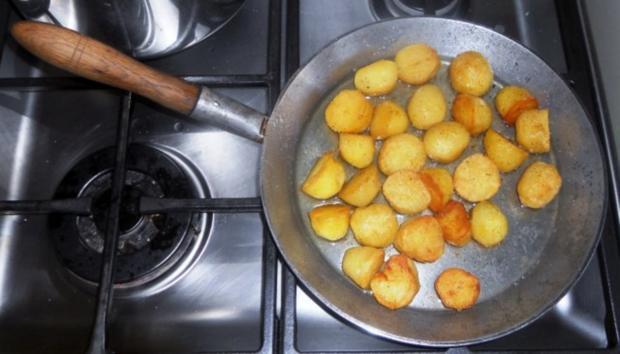 """""""Oma - Friede`s"""" Braunkohl mit kleinen gebratenen Kartoffeln (Rezpt um 1948) - Rezept - Bild Nr. 15"""