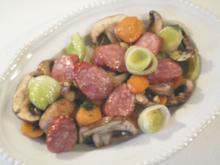 Bratwurst Pilz Gemüse Pfanne - Rezept
