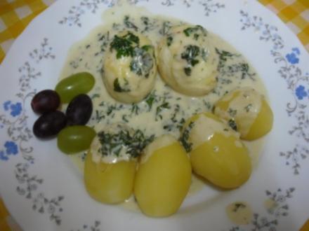 Gekochte Eier mit Petersiliensauce und Drillingen - Rezept