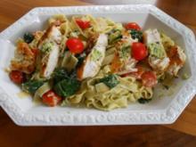 Pasta mit Pesto und Rosmarin-Hähnchen - Rezept