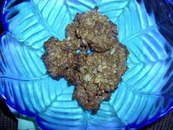 Haferkekse mit Zimt, Sonnenblumenkernen und Nüssen - Rezept