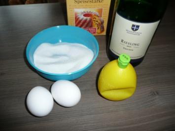 Weinschaumsoße zu Dinkel -  Waffeln. - Rezept