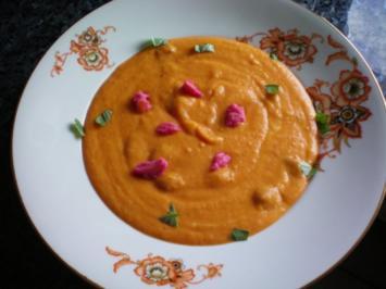 Suppe: Kürbis-Zucchini-Restesuppe - Rezept