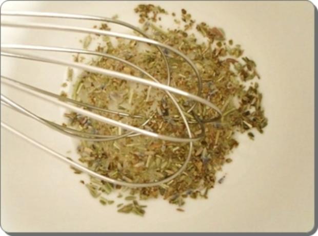 Schafskäse Salat nappiert mit leckerem Lavendel Dressing - Rezept - Bild Nr. 8