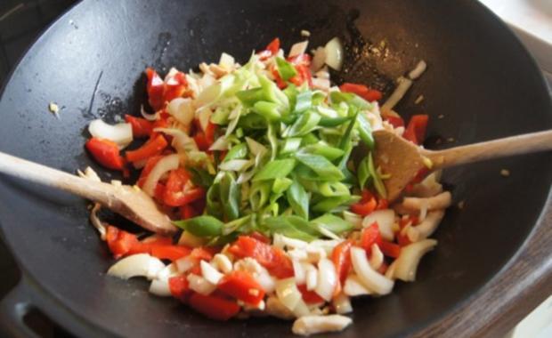 Wok-Hähnchen-Gemüse-Curryreis - Rezept - Bild Nr. 7