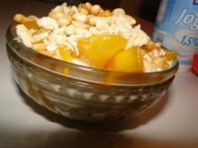 Nachtisch: Mango mit Magerjoghurt und Diätplätzchen von Tante Anne, etwas hart, ideal - Rezept