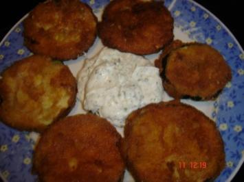 panierte Zucchini mit Kräuterquark - Rezept
