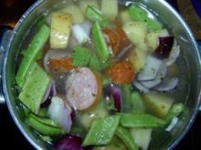 Feuerbohneneintopf mit Kartoffeln und Knackwurst - Rezept