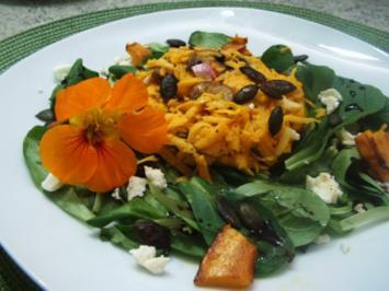 Kürbis-Champignon-Apfel-Salat - Rezept