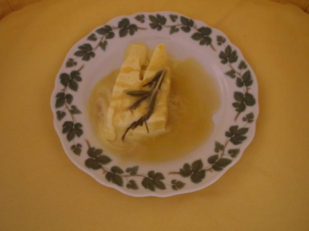 Rosmarin-Honig-Parfait mit Moscato - Rezept