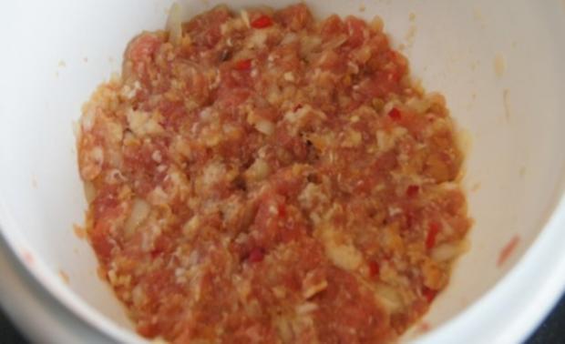 Buletten mit Rahmchampignons und Kürbis-Kartoffelstampf - Rezept - Bild Nr. 4