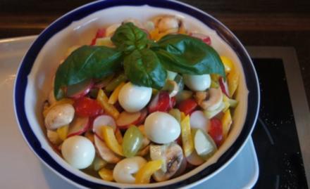 Gemischter Salat mit Wachteleiern - Rezept