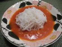 Reisnudeln mit Kürbis - Tomaten - Soße - Rezept