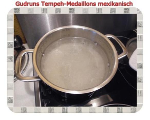Vegetarisch: Tempeh-Medaillons mit Reis und Lauchsahne - Rezept - Bild Nr. 8