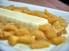 Holunderblüten-Joghurt-Dessert mit karamellisierten Sherry-Äpfeln - Rezept