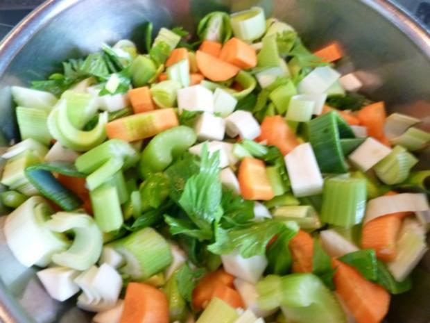 """* """" Choscht Suppe """" Gemüse- Fleisch Suppe - Rezept - Bild Nr. 3"""