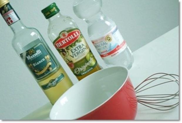 Schafskäse Salat mit Italienischer Kräuter- Vinaigrette nappiert. - Rezept - Bild Nr. 7