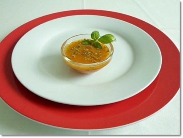 Schafskäse Salat mit Italienischer Kräuter- Vinaigrette nappiert. - Rezept - Bild Nr. 16