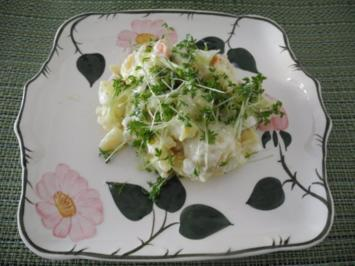 Kartoffelsalat mit Budwig-Quark, Schafskäse und Kresse - Rezept