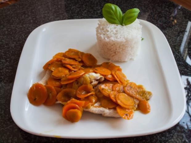 Putenschnitzel mit Vitamin A-Soße und Basmatireis - Rezept