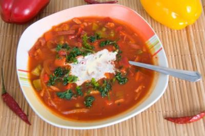 Rezept: Soljanka: Ein typisches DDR-Eintopfgericht