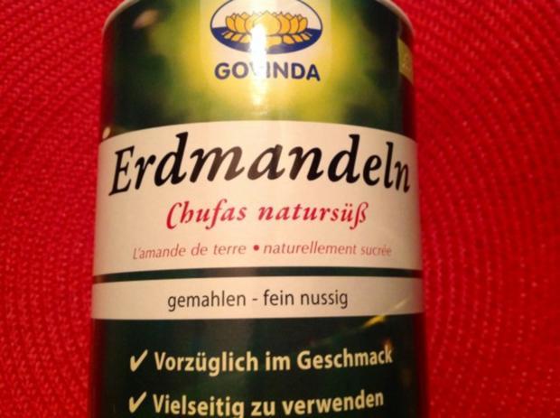 Rote Bete-Apfel-Salat mit Käse und Erdmandel-Himbeer-Dressing - Rezept - Bild Nr. 9