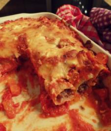 Cannelloni mit Hackfleisch und Kürbis-Soße; pikantes Auflauf- / Ofengericht - Rezept