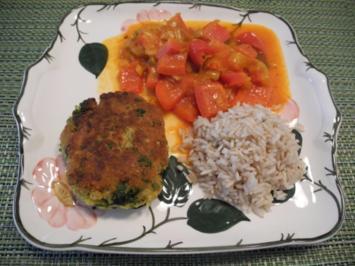 Paprika - Porree - Gemüse mit Naturreis und Bratlingen - Rezept