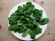 Feldsalat mit Essig-Balsamico-Soße - Rezept