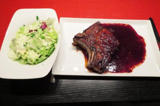 Brauhauskotelett mit Rotweinbutter - Rezept