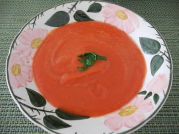 Warme Tomaten - Paprika - Sauce - Rezept
